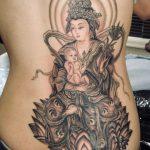 鬼子母神の和彫り刺青