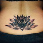 蓮の花、ブラックアンドグレイタトゥー